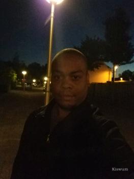 https://www.kiswum.com/wp-content/uploads/LeEco_Le_Max2/IMG_20160815_220253-Small.jpg
